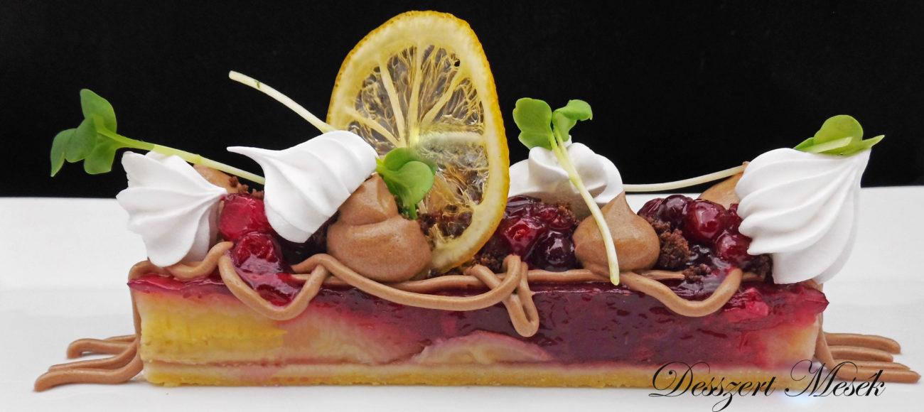 Banános vörösáfonyás crostata