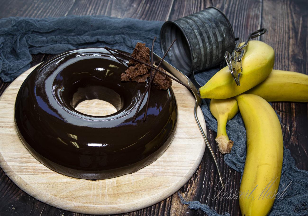 Banános mousse tükörglazúrral